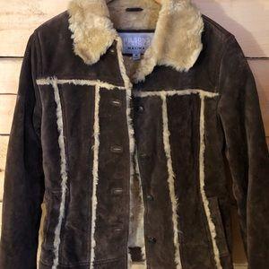 Women's Wilson Leather Suede Sherpa jacket. Size M